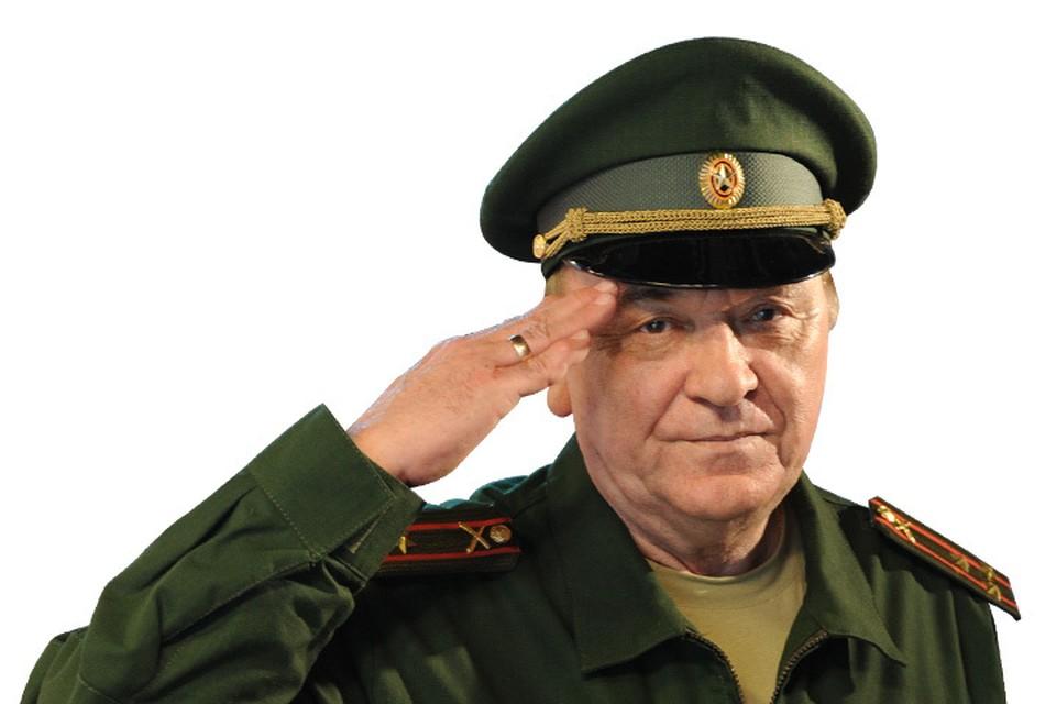 """Военный обозреватель """"Комсомольской правды"""", полковник Виктор Баранец."""