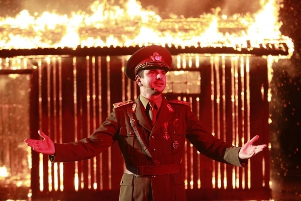 Новая работа отличного румынского режиссера Раду Джуде под интригующим названием «Мне плевать, если мы войдем в историю как варвары»