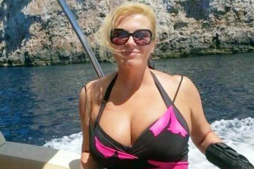 Единственная реальная фотография Колинды Грабар-Китарович в купальнике на просторах интернета
