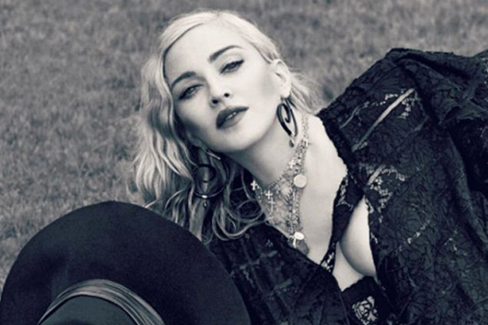 Мадонна снялась для обложки итальянского издания Vogue. Фото: Инстаграм.