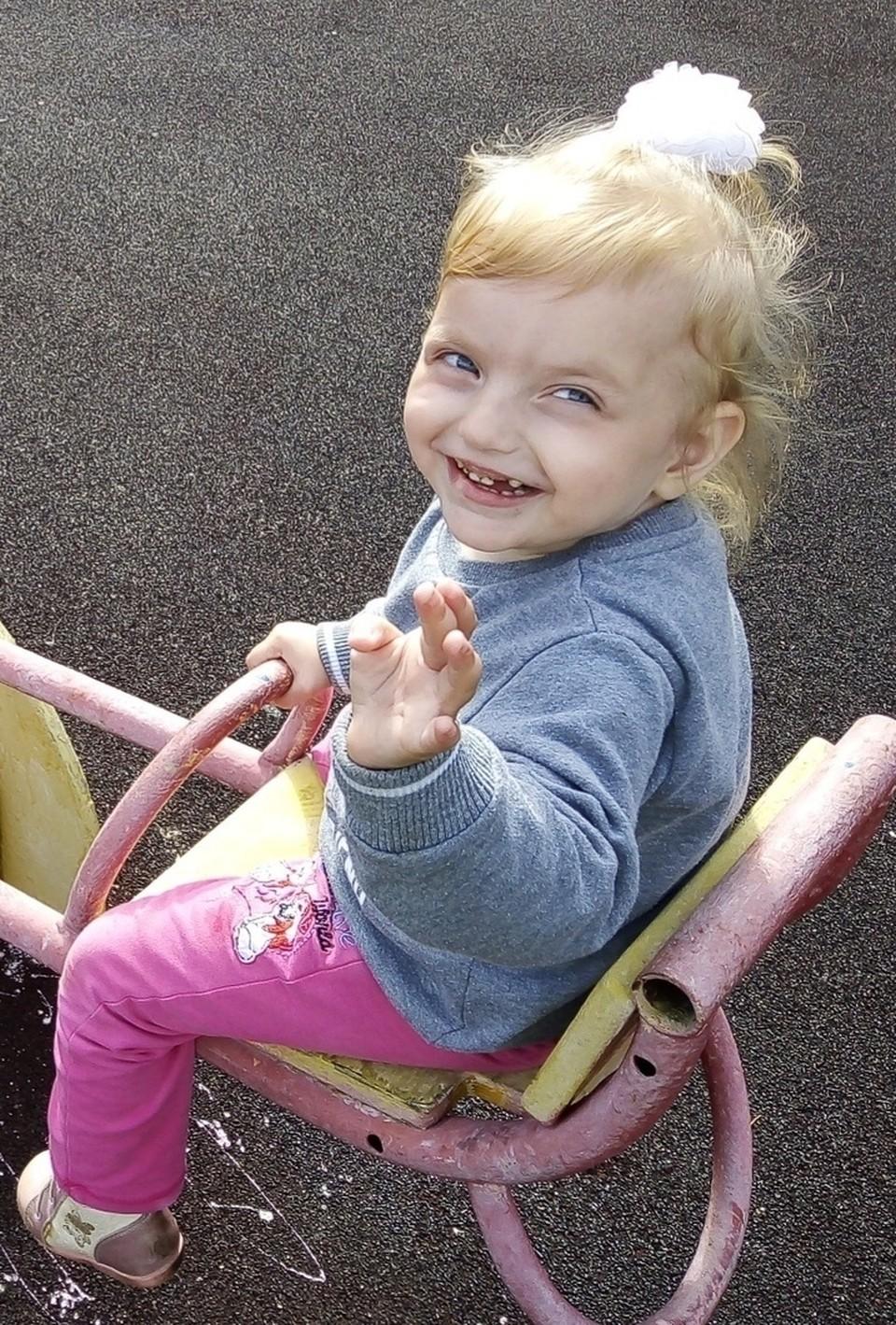 Фото: informpskov.ru Поможем трехлетней Кирочке вместе!