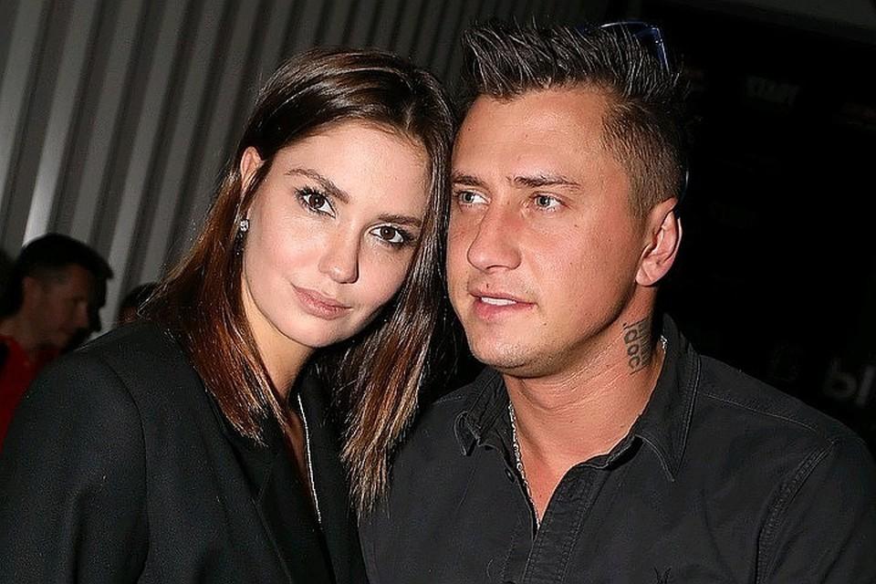 Павел и Агата поженились в 2011 году