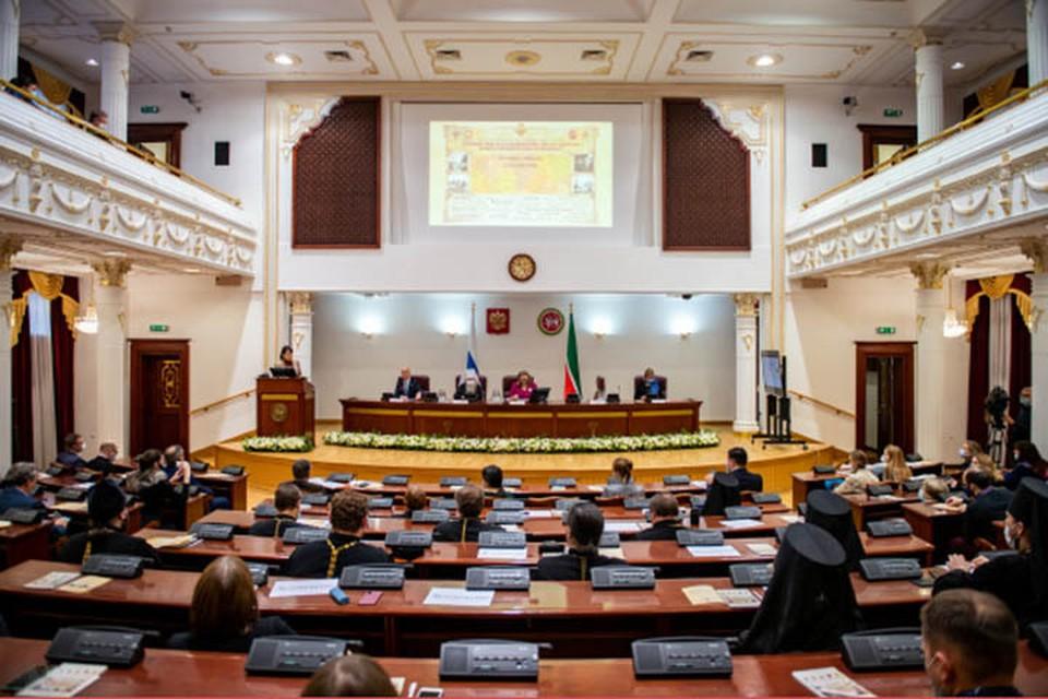 В Казанском кремле впервые состоялись Елисаветинско-Сергиевские чтения. Фото: espo-fond.ru