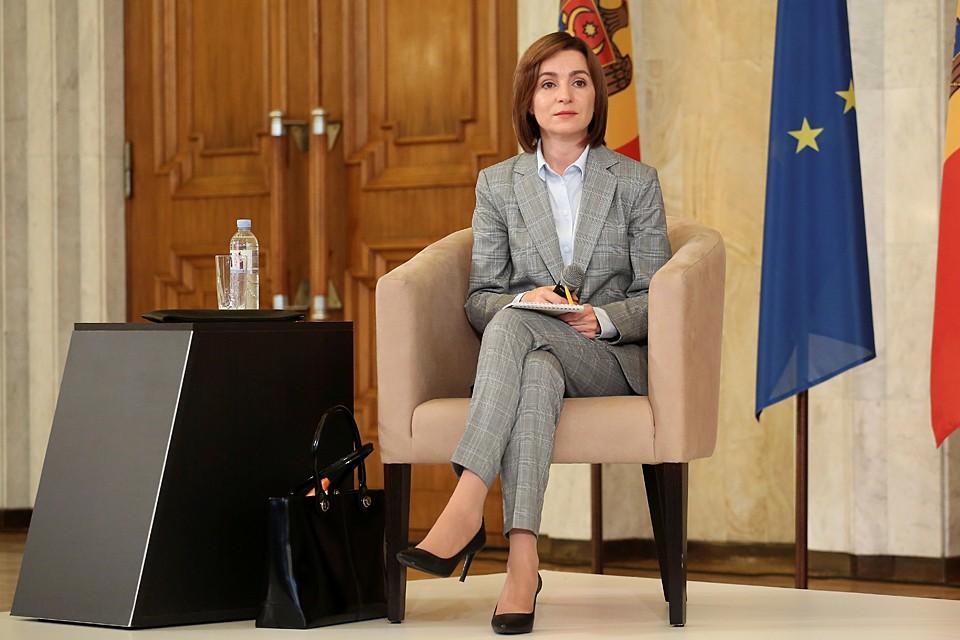 Избранный президент Молдавии Майя Санду - воплощение американской мечты. Родилась в селе на окраине страны, а теперь ее возглавила