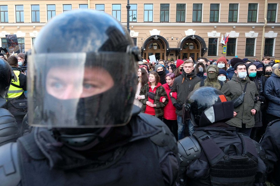 Из России вышлют трех дипломатов, принявших участие в незаконных акциях 23 января.