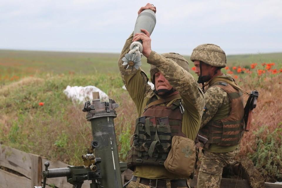 Каратели из 58-й бригады ВСУ выпустили по поселку 8 мин калибром 120 мм. Фото: Пресс-центр штаба ООС