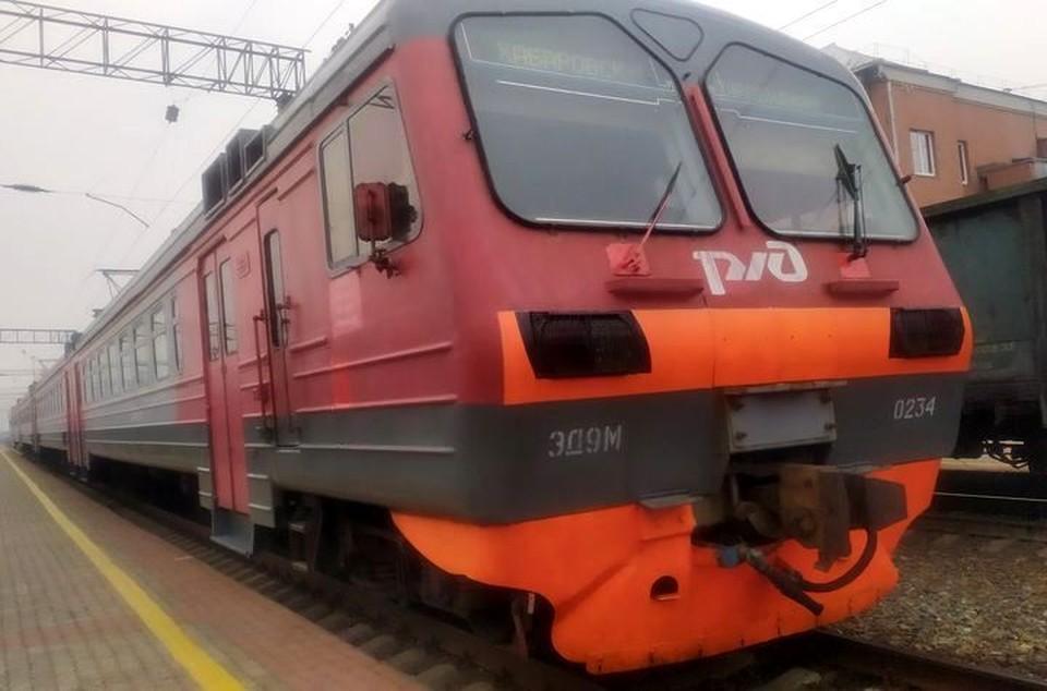 Из-за аварии часть поездов отменены, часть - задерживаются.