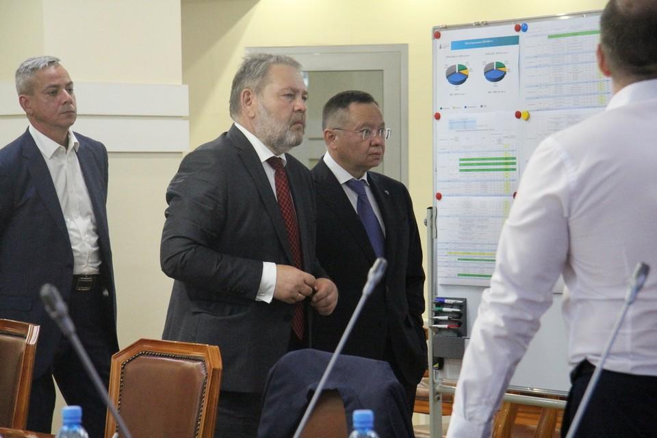 В Сахалинской области глава Минстроя посетил ряд строительных объектов, а также провел расширенное совещание в правительстве региона