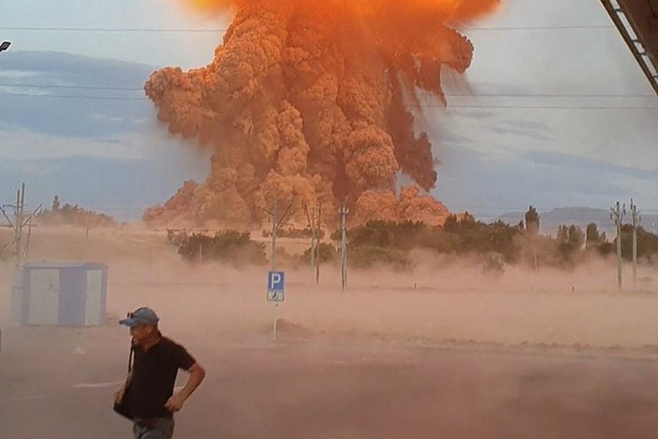 Пожары, разлетающиеся на много километров вокруг снаряды и их осколки.