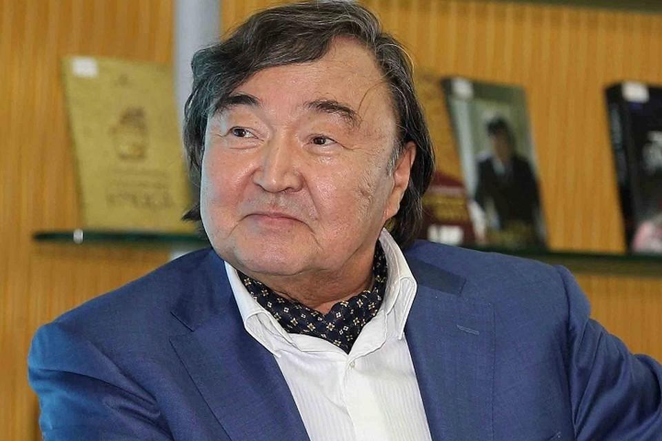Вехи жизни гениального тюрколога-исследователя Олжаса Сулейменова известны каждому, кто интересуется историей родной страны.