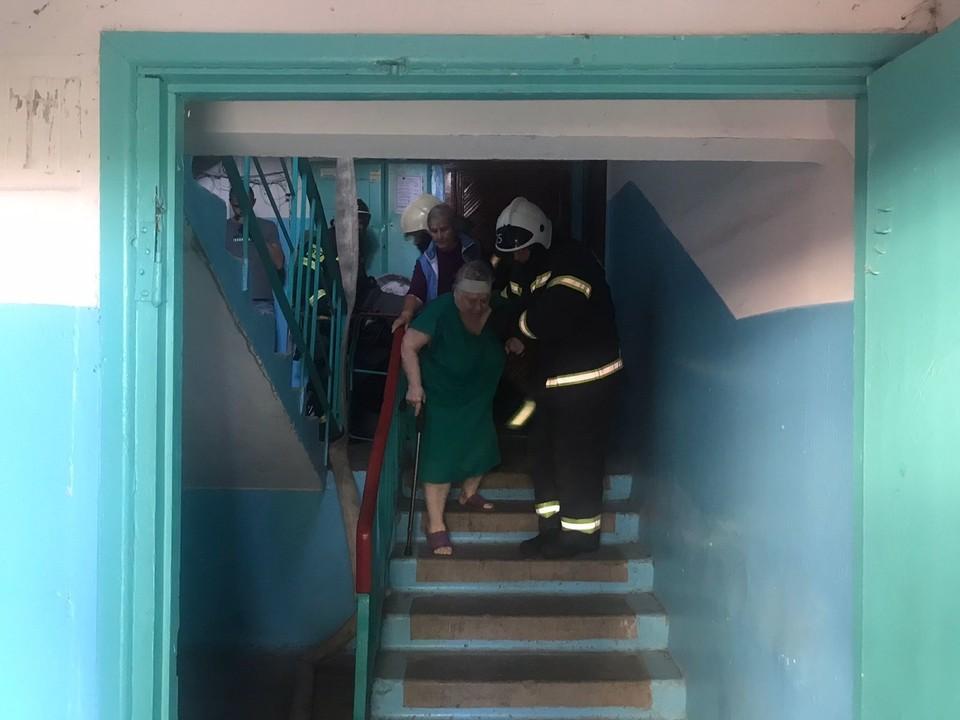 Из дома эвакуировали 13 человек