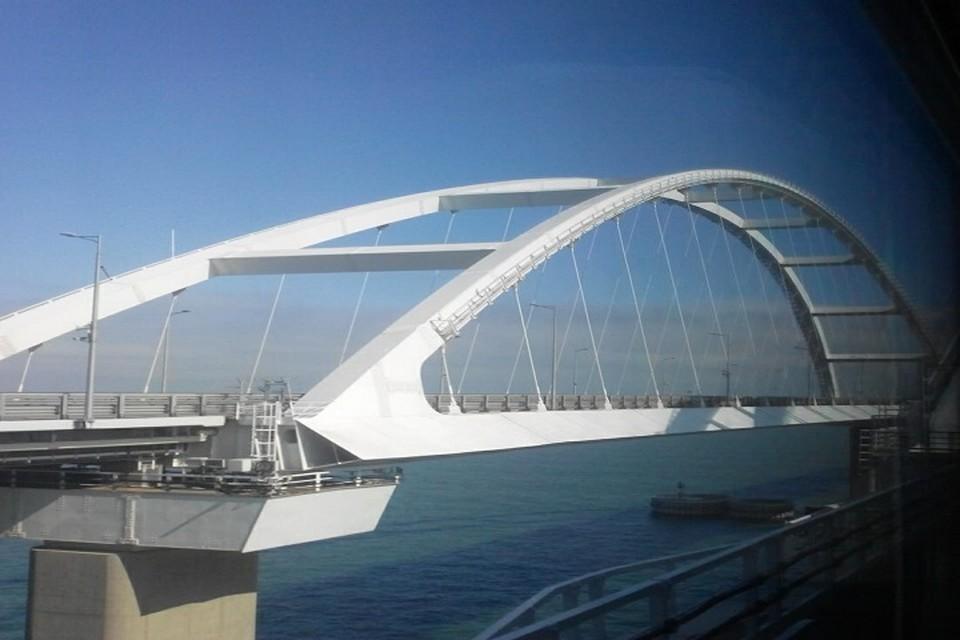 На подходах к Крымскому мосту повысят транспортную безопасность.