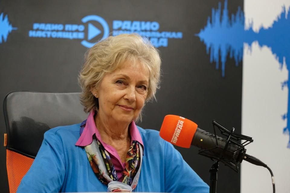 Валентина Панина родилась в Омске в 1946 году.