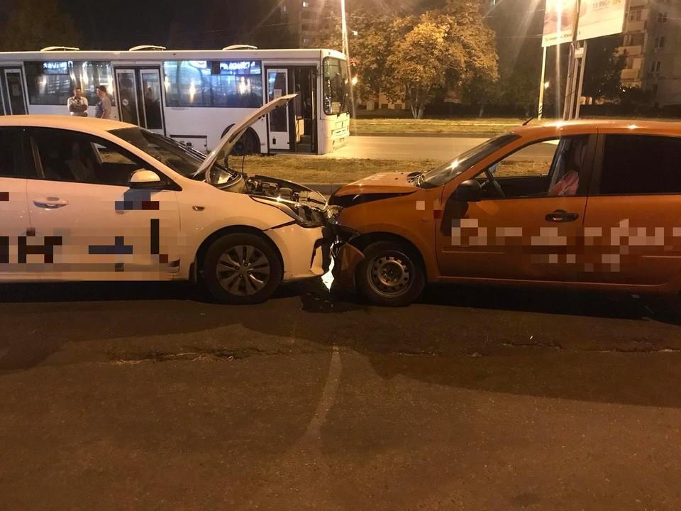 Таксисты не поделили внутриквартальный проезд. Фото: ГУ МВД по Самарской области