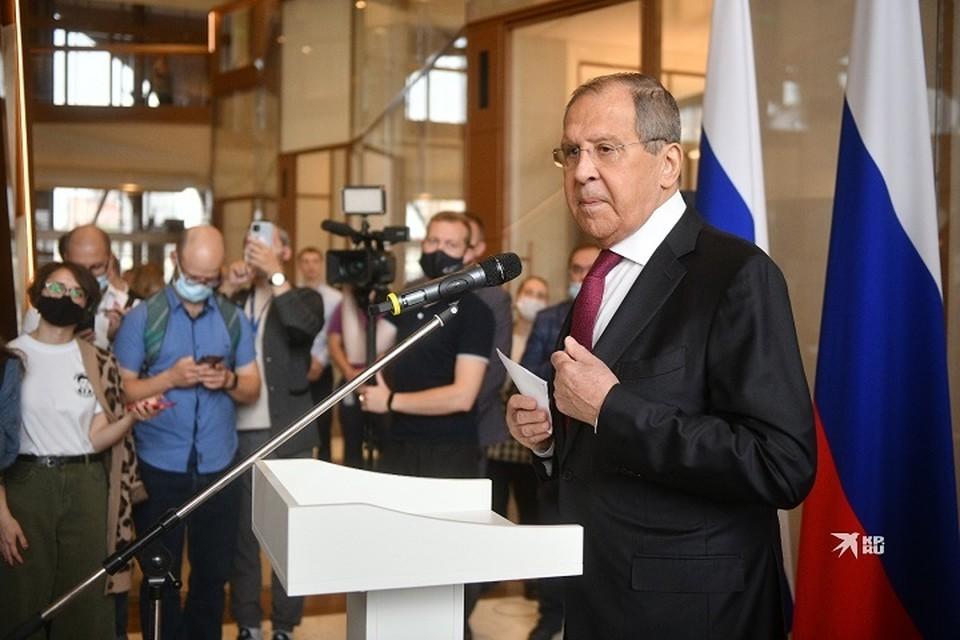 На вопросы журналистов он ответил в ходе пресс-конференции