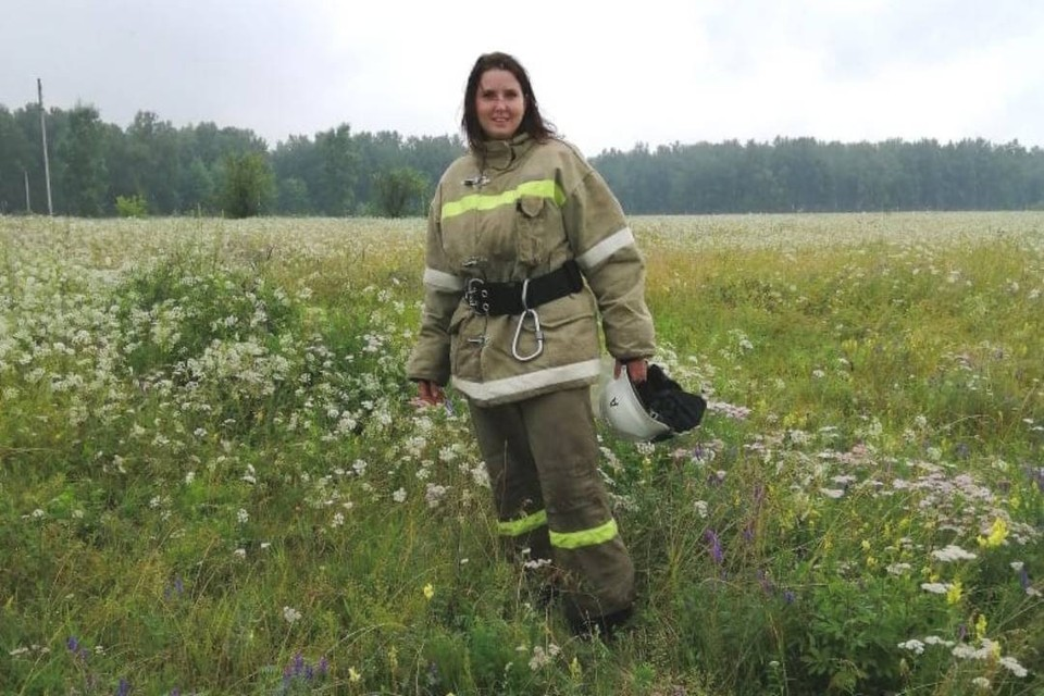 """""""Остудит пыл любому"""": как 33-летний кондитер из Иркутска стала пожарным. Фото: личный архив Юлии Мамаевой"""