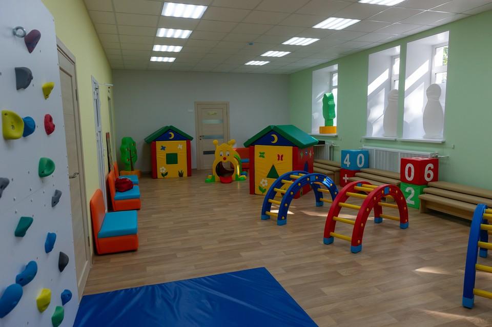 В Петербурге родители оставили трехлетнюю дочь в детском саду
