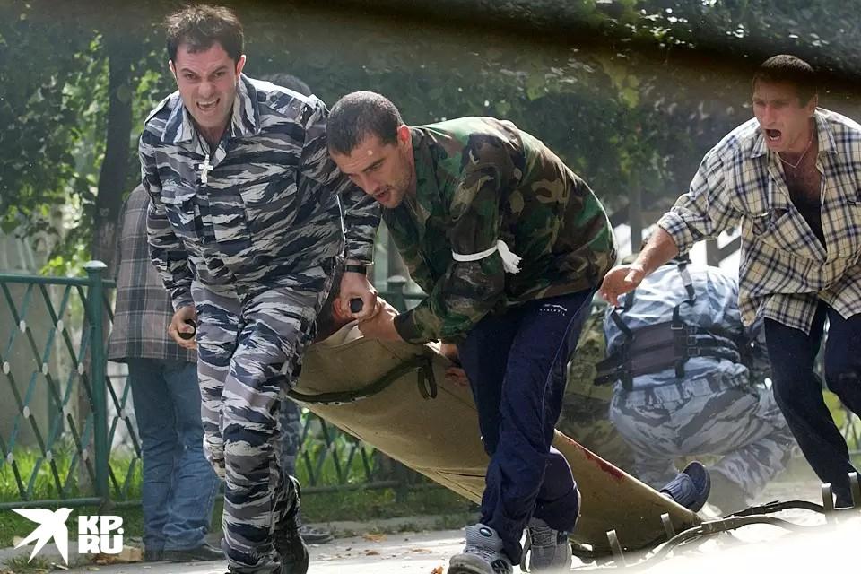 1 сентября 2004 года террористы захватили бесланскую школу №1.