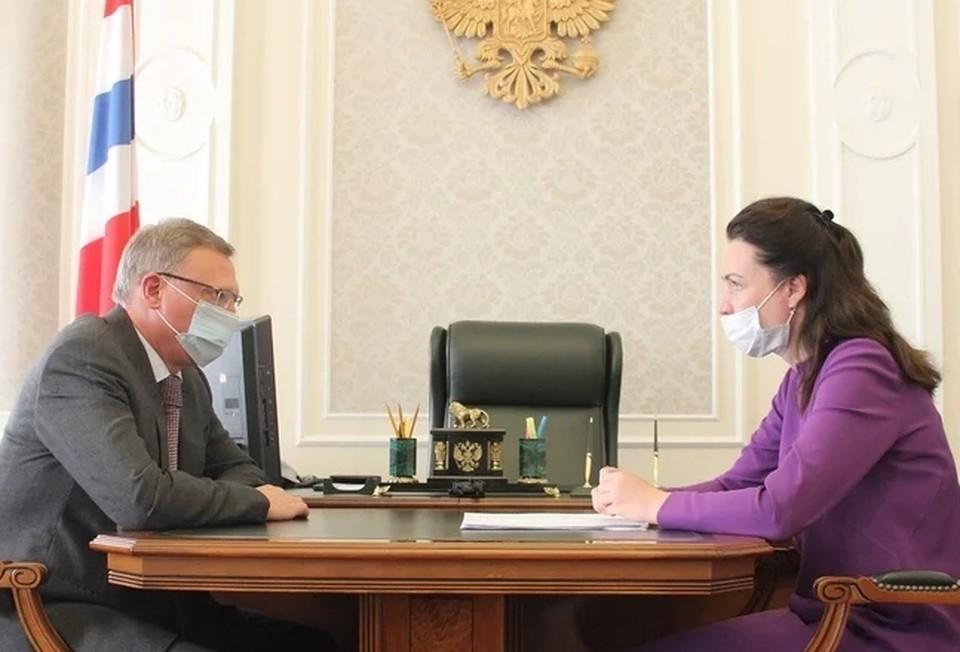 Оксана Фадина отчиталась о своей работе. Фото: правительство Омской области