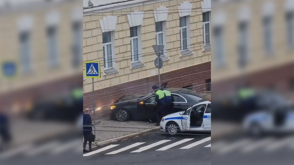 Скриншот с видео из группы «Подслушано Автомобилистов   Владимир» в ВКонтакте