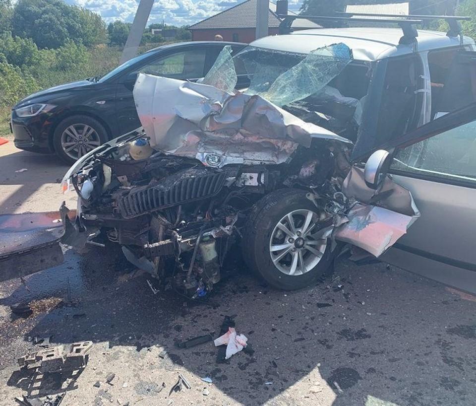 Водитель «Шкоды» погиб при столкновении с «КамАЗом».