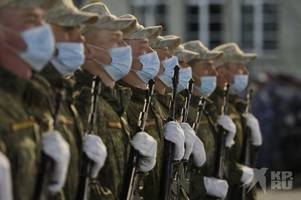 Без маски – в глаз, без стука – в пол: в Рязани осудили солдата за унижения сослуживцев.