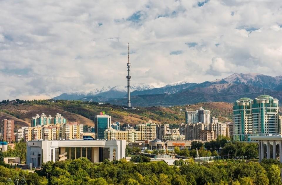 Постепенно все больше казахстанцев проживают в городах. Фото: depositphotos.com