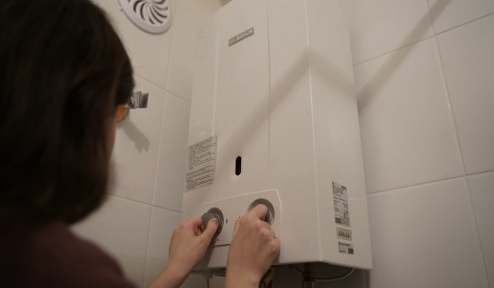 В Смоленске 21-летняя девушка умерла из-за выброса угарного газа в съемной квартире.