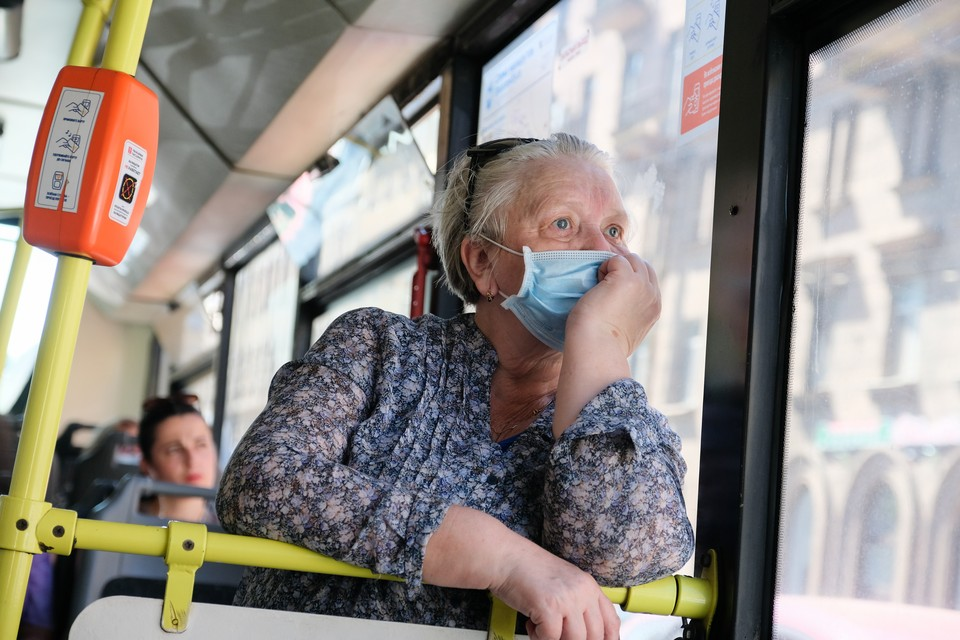 В День памяти жертв блокады ветераны получат бесплатный проезд в транспорте Петербурга