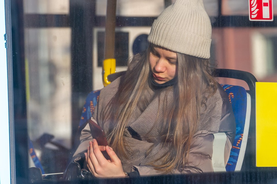 Достаточно холодно для включения отопления в Петербурге станет не раньше конца сентября. Фото: Олег ЗОЛОТО (архив)