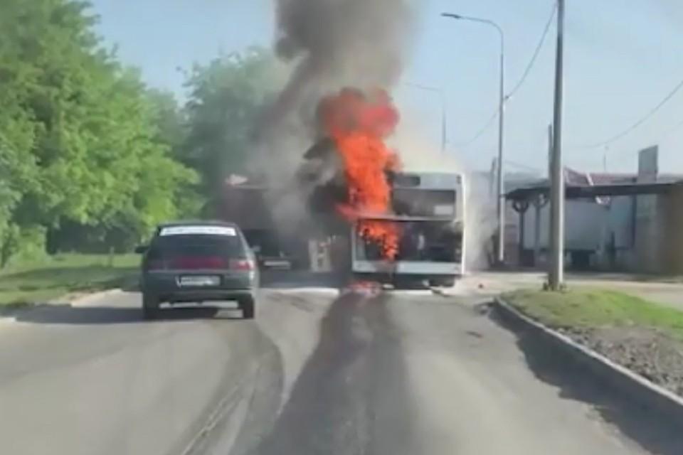 В Ростове выяснили причины возгорания двух автобусов