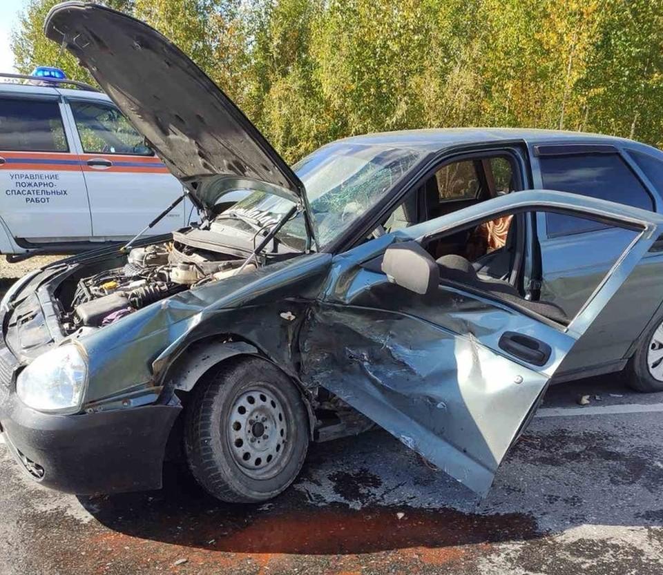 В Октябрьском районе при столкновении автомобилей пострадал младенец Фото: УГИБДД России по ХМАО-Югре