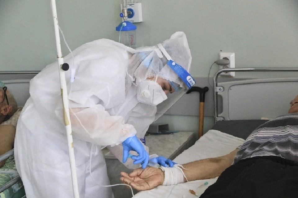 Продолжают лечение в больницах 1227 человек