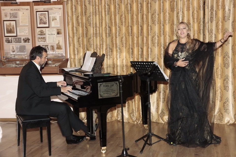 Творческий вечер романса солистки Мариинского театра, лауреата всероссийских и международных конкурсов Елены Ушаковой.