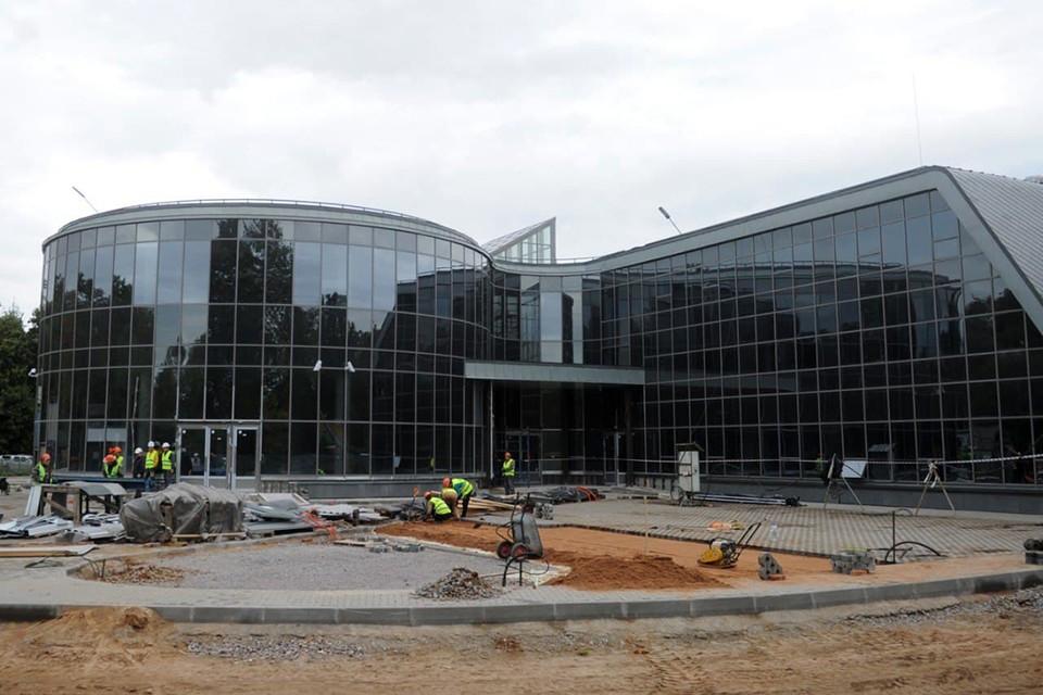 Строительство Многофункционального музейного центра в селе Рождествено в Гатчине завершится до 1 января 2022 года.