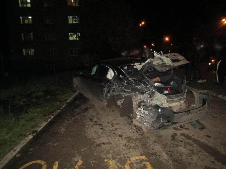 Водитель BMW не справился с управлением и вылетел на встречную полосу. Фото: 1-й отдел УГИБДД по Удмуртии
