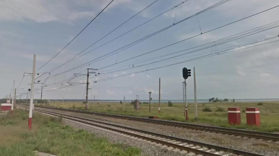 Школьницам пришлось пешком добираться до своей станции. Фото: google.ru/maps