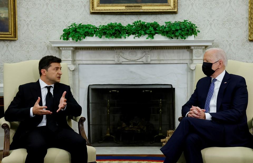 Зеленский заявил, что Байден на встрече с ним поддержал членство Украины в НАТО