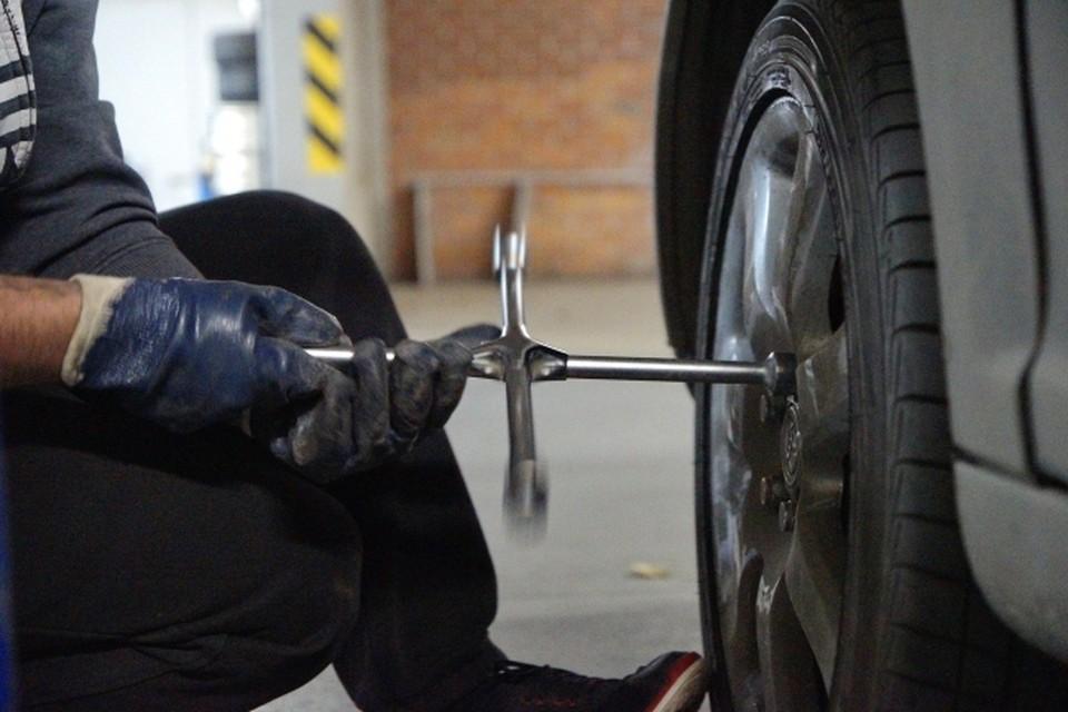 Стоимость одной шины, по оценкам транспортного управления, составляет почти 300 тыс рублей