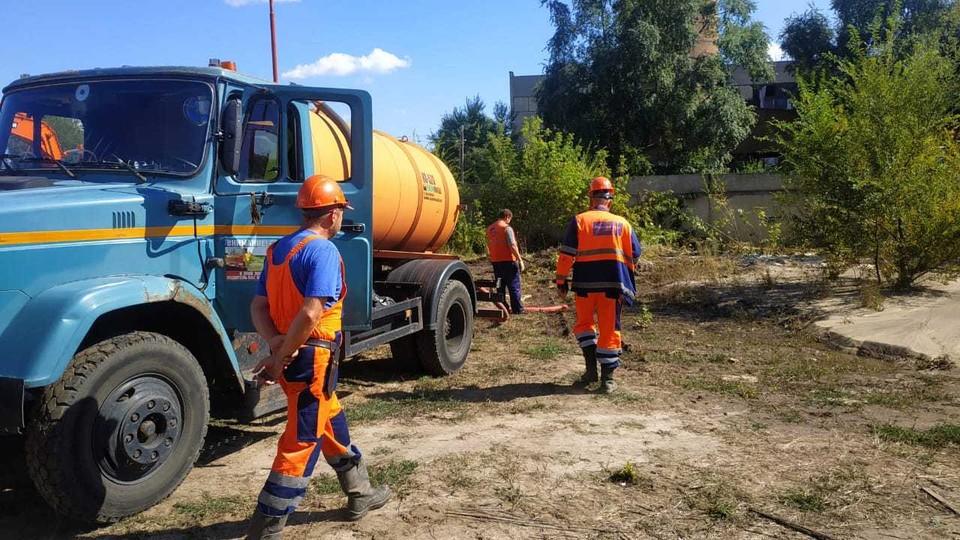 Коммунальщики определяют, сколько домов вынуждены будут оставить без воды на время ликвидации аварии