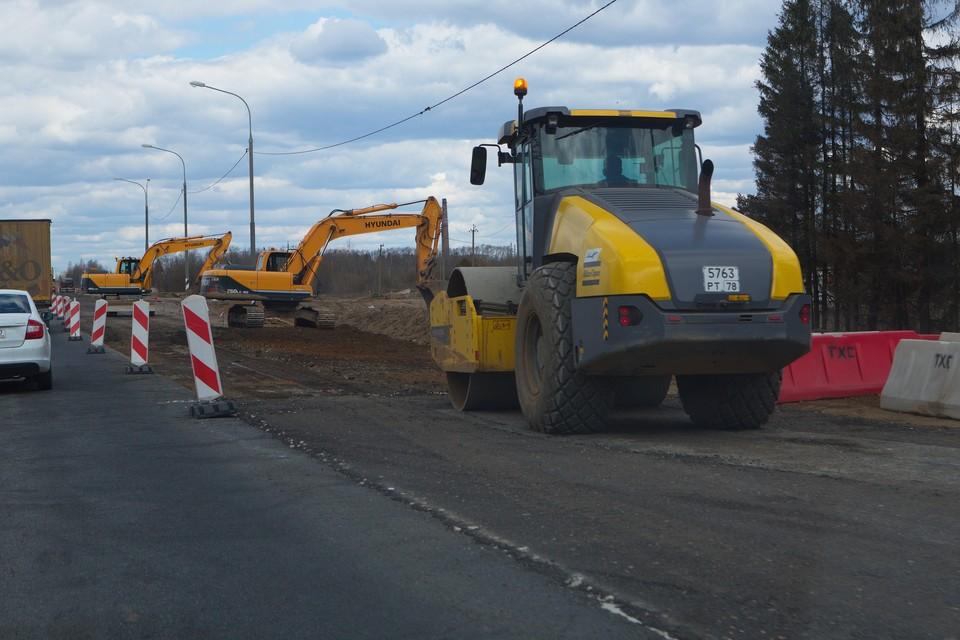Дорожные работы закроют две полосы на трассе М-10.