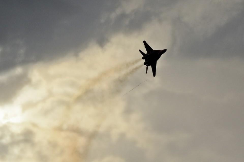 Истребитель летел над Волгоградом, когда произошел сбой.