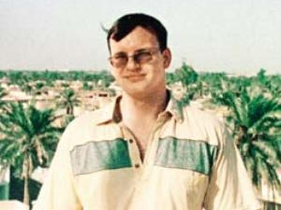 Анатолий Смирнов на крыше посольства в Багдаде. Одна из последних фотографий…