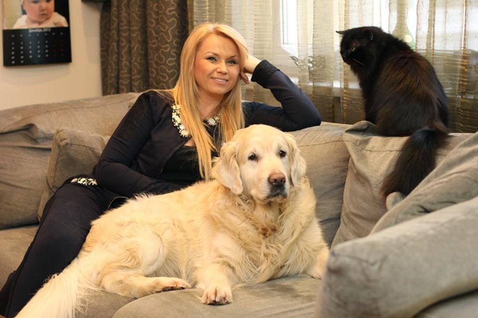 В доме у Инны Афанасьевой кот и пес отлично уживаются вместе.