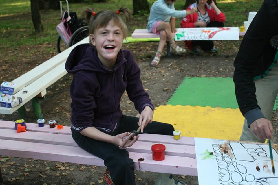 Воспитанникам этого детского дома повезло выехать летом в загородный лагерь.