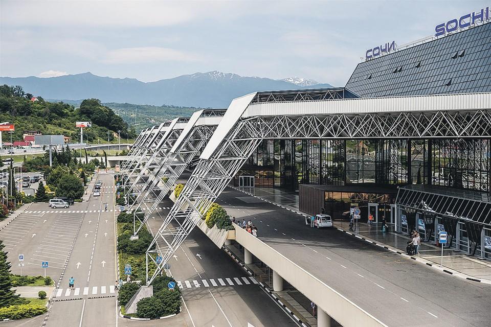 В Сочи на месте одноэтажного аэропорта построен современный терминал на 65 000 кв. метров. Фото: Ольга Кузьмина